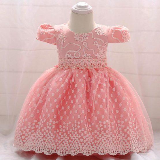Rochiță pentru botez roz, cu voal